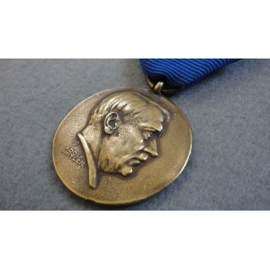 WW2 German Nazi Medal-Adolf Hitler