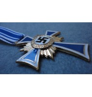 WW2 German Cross of Honour of the German Mother - Gold